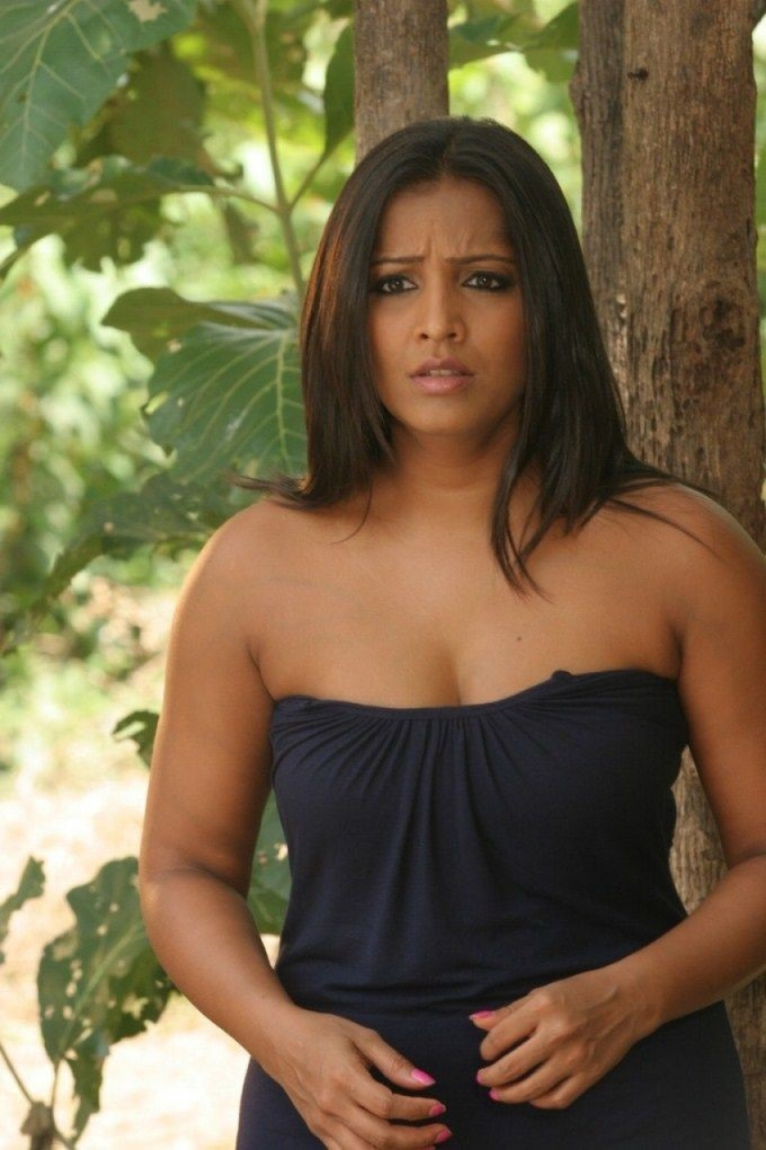 Actress latest hot gallery